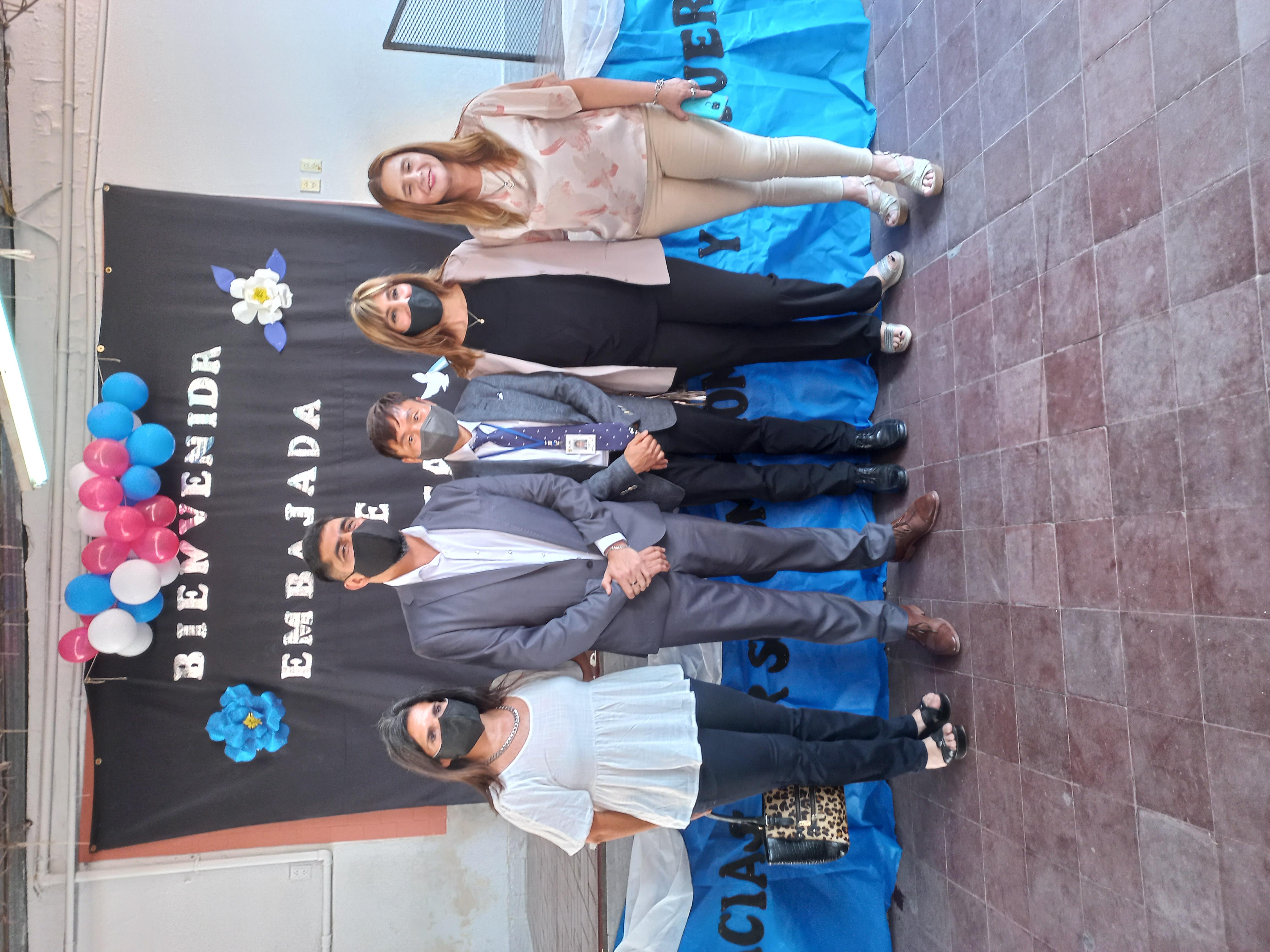 Campos de las Carreras학교 방문 (5).jpg