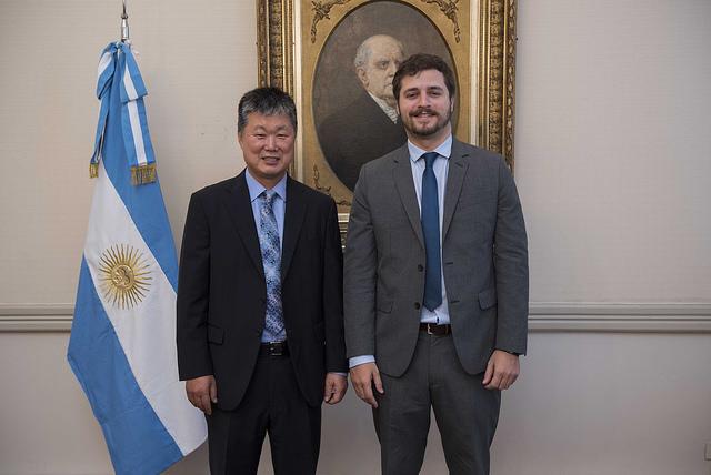 아르헨티나 교육부 및 한국교육부 협약식 (2).jpg